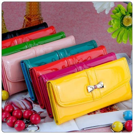 New Fashion Wallet with Bowknot Design with multiple colors